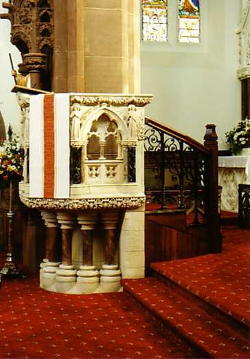 Pulpit right