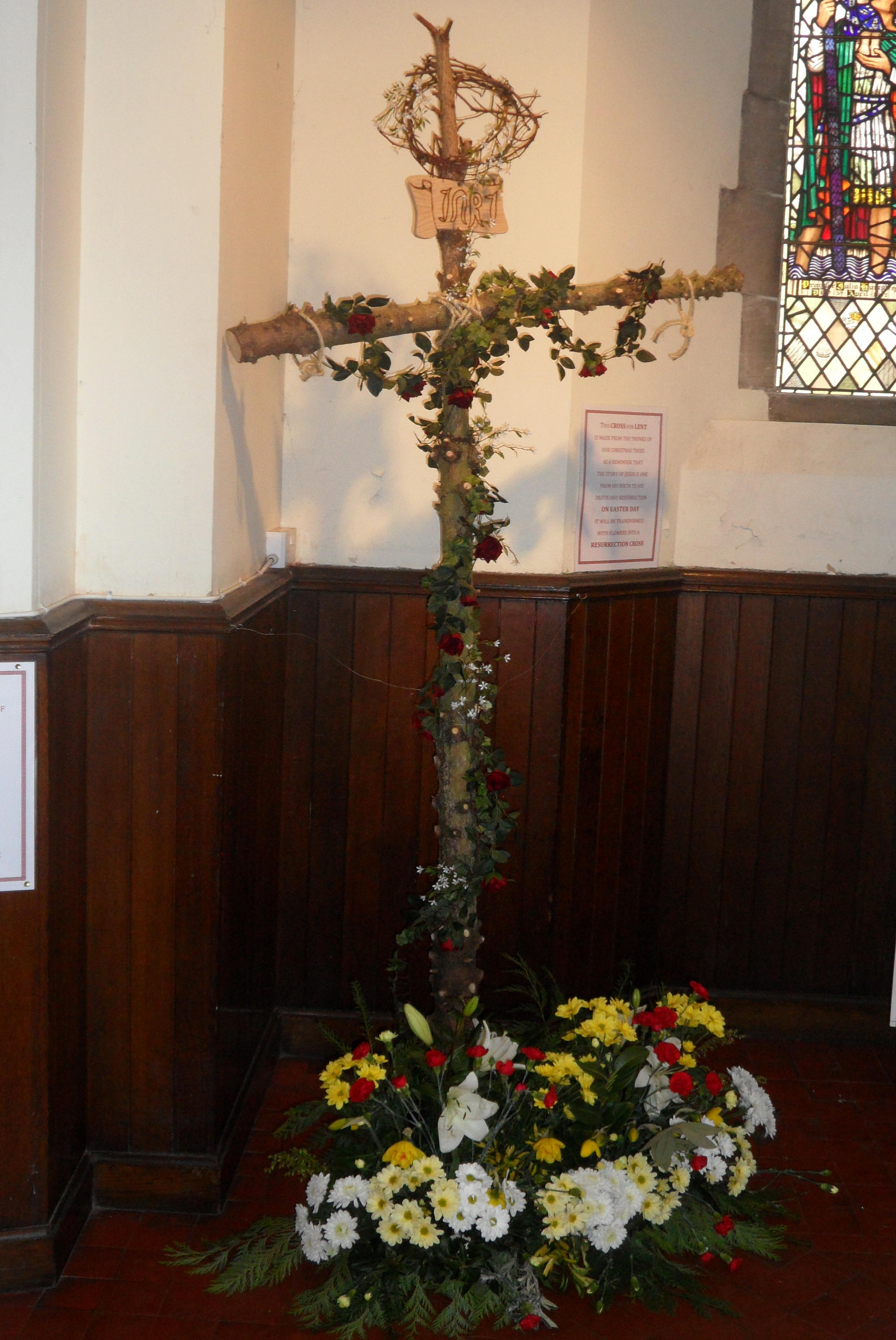 Tree Easter Cross