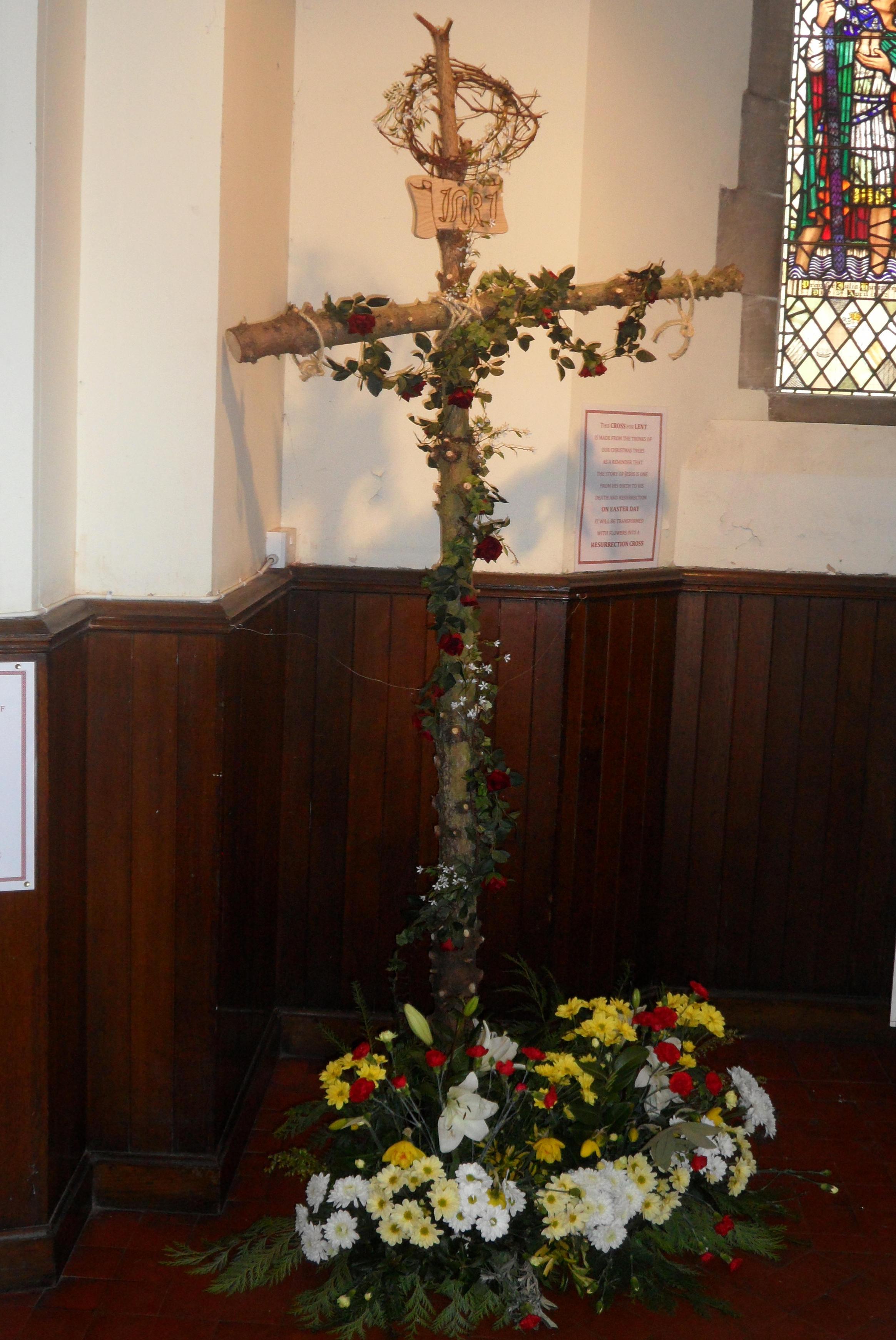 Tree Easter Cross